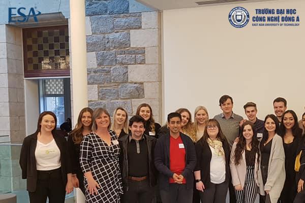 Các giảng viên trường Conestoga College tại Canada