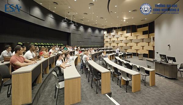 Giờ học tại James Cook University