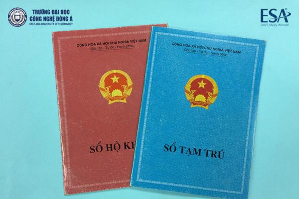 Khi đi làm hộ chiếu bạn cần mang sổ hộ khẩu, sổ tạm trú nếu ngoại tỉnh