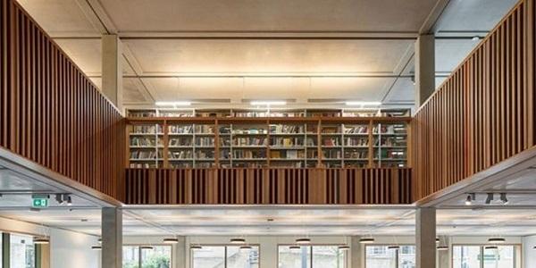 Thư viện của trường Roehampton, UK