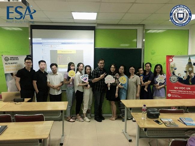 Sinh viên EAUT học với giảng viên nước ngoài