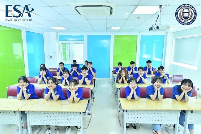Phòng học tại Đại học Công nghệ Đông Á